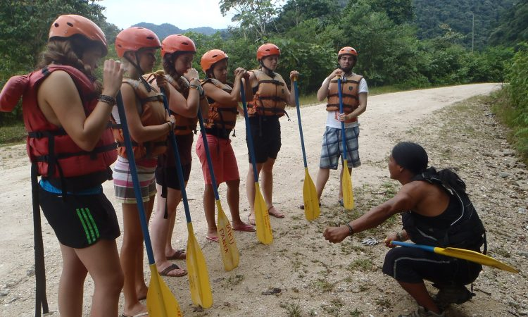 "Rafting ""Jatunyaku river"" – 1 Day Tour (Class III) gallery images"